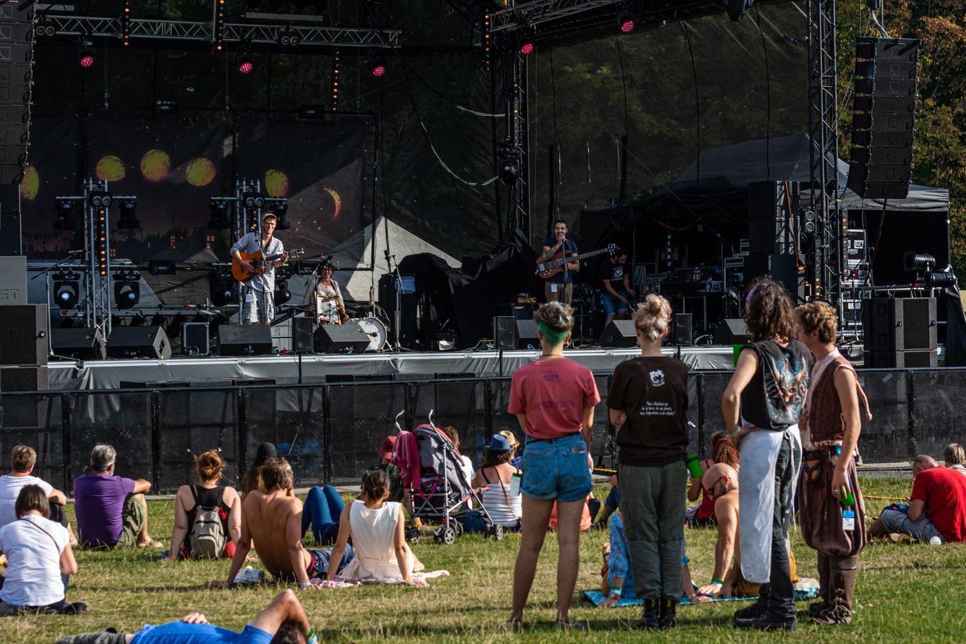 Nico&h en concert aux Vers Solidaires 14