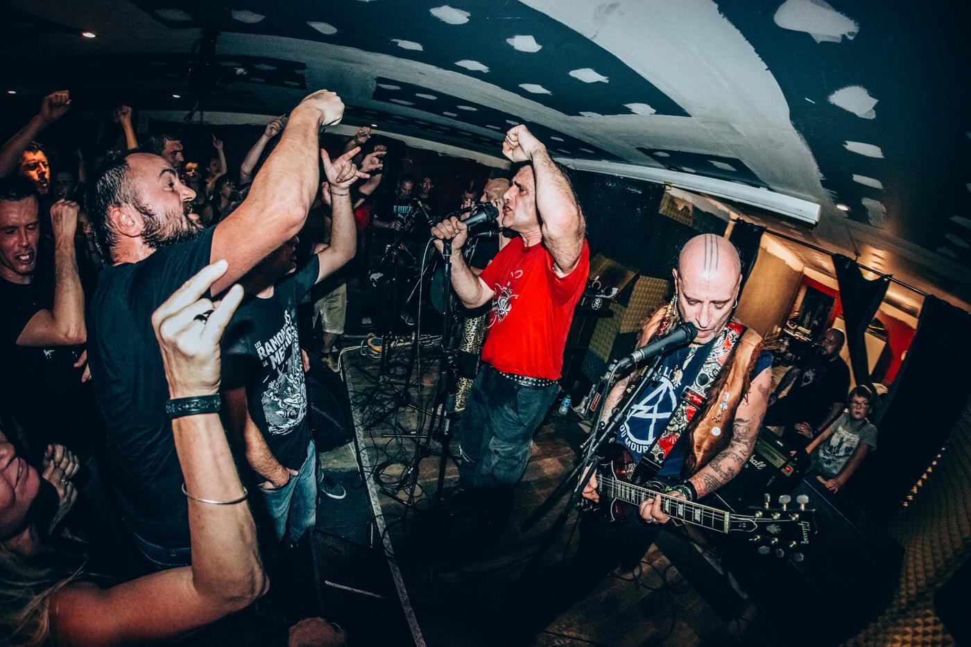 Les Ramoneurs de Menhirs en concert au Dropkick Bar